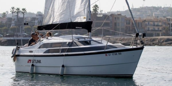 Cruising Boat Spotlight: The MacGregor 26M - A Controversial