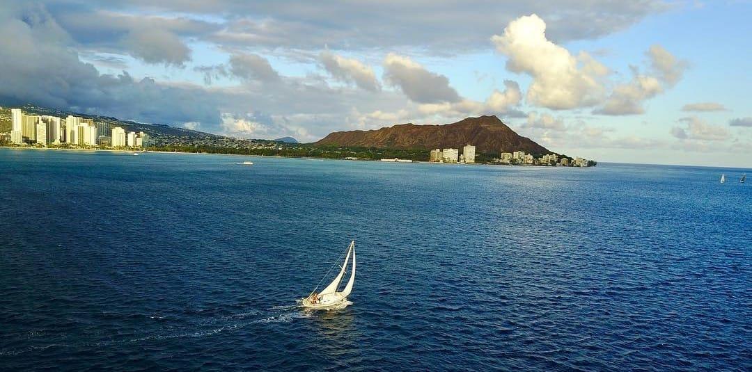 Go Sailing in Hawaii